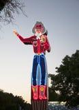 在公平得克萨斯的状态的霓虹牛仔标志 库存图片