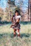 在公平矮子的幻想的亚马逊姿势 免版税库存照片
