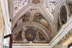 在公爵的故宫博物院的装饰天花板 免版税库存照片
