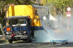 在公路交通的危险化工事故 免版税库存图片