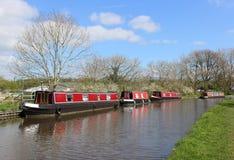 在兰卡斯特运河的运河船在Galgate 免版税库存图片