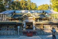 在其中一个Toshogu寺庙大厦之外 免版税图库摄影