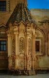 在其中一的花卉装饰Ishak巴夏宫殿的墙壁 库存图片