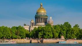 在内娃河和圣以撒的大教堂的看法 彼得斯堡俄国st 影视素材