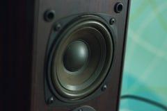 在内部的黑低音扬声器 免版税库存照片