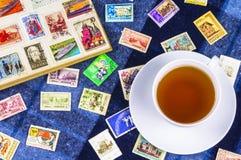 在册页的邮票苏联和波兰 库存照片