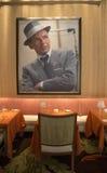 在再来一次拉斯维加斯赌博娱乐场的富比世旅行指南四星Sinatra餐馆内部 库存照片