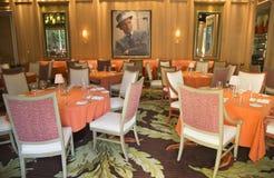 在再来一次拉斯维加斯赌博娱乐场的富比世旅行指南四星Sinatra餐馆内部 图库摄影