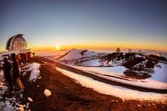 在冒纳凯阿火山的冬天日落 免版税图库摄影