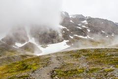 在军事的冰川的足迹 库存照片