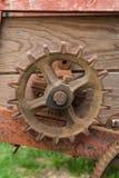 在农业机械的生锈的齿轮 库存图片