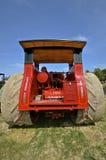 在农厂展示的Avery Company拖拉机 库存图片