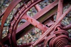 在农场的老农业机械 根机制和把agri引入 免版税图库摄影