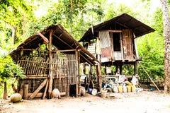 在农场Mahasarakham的小屋在泰国 免版税库存照片