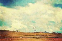 在农田的剧烈的天空 库存图片