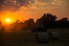 在农田,德国的日落 免版税库存图片