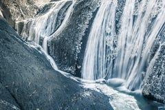 在冬天季节袋田瀑布的冰瀑布 免版税图库摄影