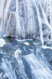在冬天季节袋田瀑布的冰瀑布 图库摄影