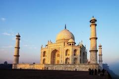 在冬天早晨下金黄阳光的Taj  库存照片