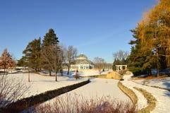 在冬天期间,圣保罗,明尼苏达2017年12月-科莫动物园和音乐学院 免版税图库摄影