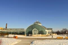 在冬天期间,圣保罗,明尼苏达2017年12月-科莫动物园和音乐学院 免版税库存图片