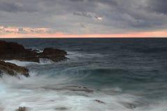 在冬天期间,地中海的全景 免版税库存照片