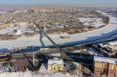 在冬天期间,城市的历史中心 秋明州 免版税库存照片