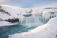 在冬天期间, Godafoss瀑布在冰岛 库存照片
