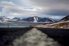 在冬天期间, Roadtrippin在冰岛 免版税库存照片