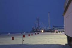 在冬天淡季的海边高度 免版税库存图片