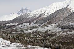 在冬天,乔治亚登上Ushba和高加索山脉 库存照片