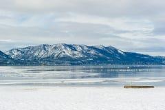在冬天,太浩湖,美国期间,铺沙雪港口 免版税库存图片