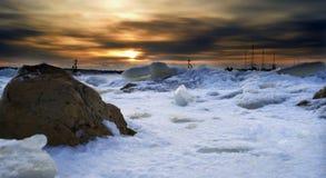 在冰之下的Constanta端口 免版税库存图片