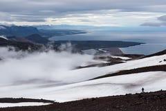 在冰岛山的孑然风景 免版税库存图片