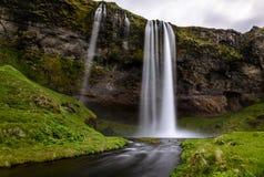 在冰岛的南部的部分的Seljalandsfoss瀑布 免版税库存照片