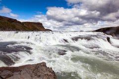 在冰岛的金黄圈子的瀑布 库存图片