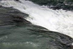 在冰岛的金黄圈子的瀑布 库存照片