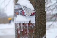 在冰的一根柱子 免版税库存图片