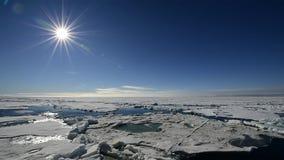 在冰的旅行,北极 股票录像
