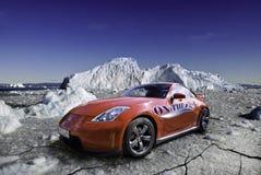 在冰的日产350z 免版税库存图片