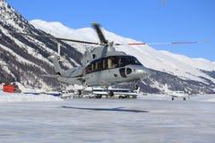 在冰的直升机 库存照片