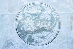 在冰的葡萄酒北极地图 免版税库存图片
