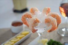 在冰的虾仁开胃品 库存图片