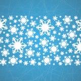 在冰的雪花与犁沟 抽象空白背景圣诞节黑暗的装饰设计模式红色的星形 库存照片