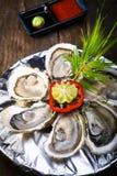 在冰食谱的牡蛎用柠檬 库存照片