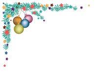 在冷杉枝杈Corne的四个圣诞节球装饰 库存照片