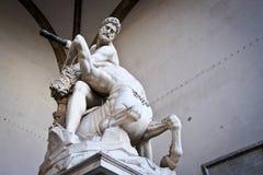 在凉廊della Signoria的雕象 库存图片