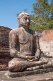 在凝思位置的古老菩萨雕象在Vatadage, Polonnaruwa斯里南卡 图库摄影