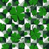 在几何背景的传染媒介例证无缝的样式绿色三叶草 库存例证