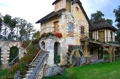 在凡尔赛城堡法国的玛里安托万内特的村庄 库存照片
